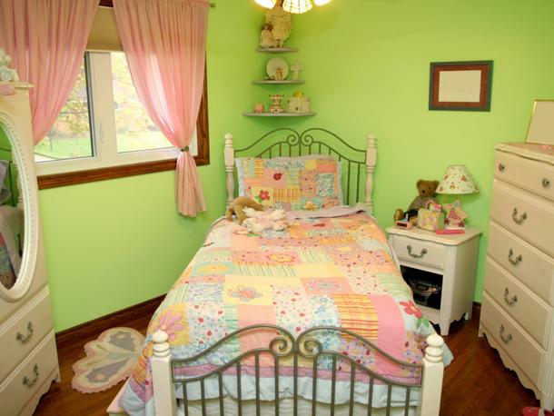 Как выбрать красивое сочетание обоев для детской комнаты