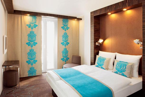 Как подобрать шторы для спальни в японском стиле