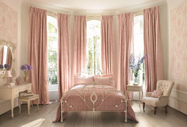 Как подобрать красивые шторы в супружескую спальню