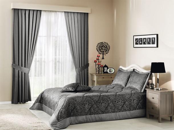 Как подобрать лучшие шторы в свою спальню